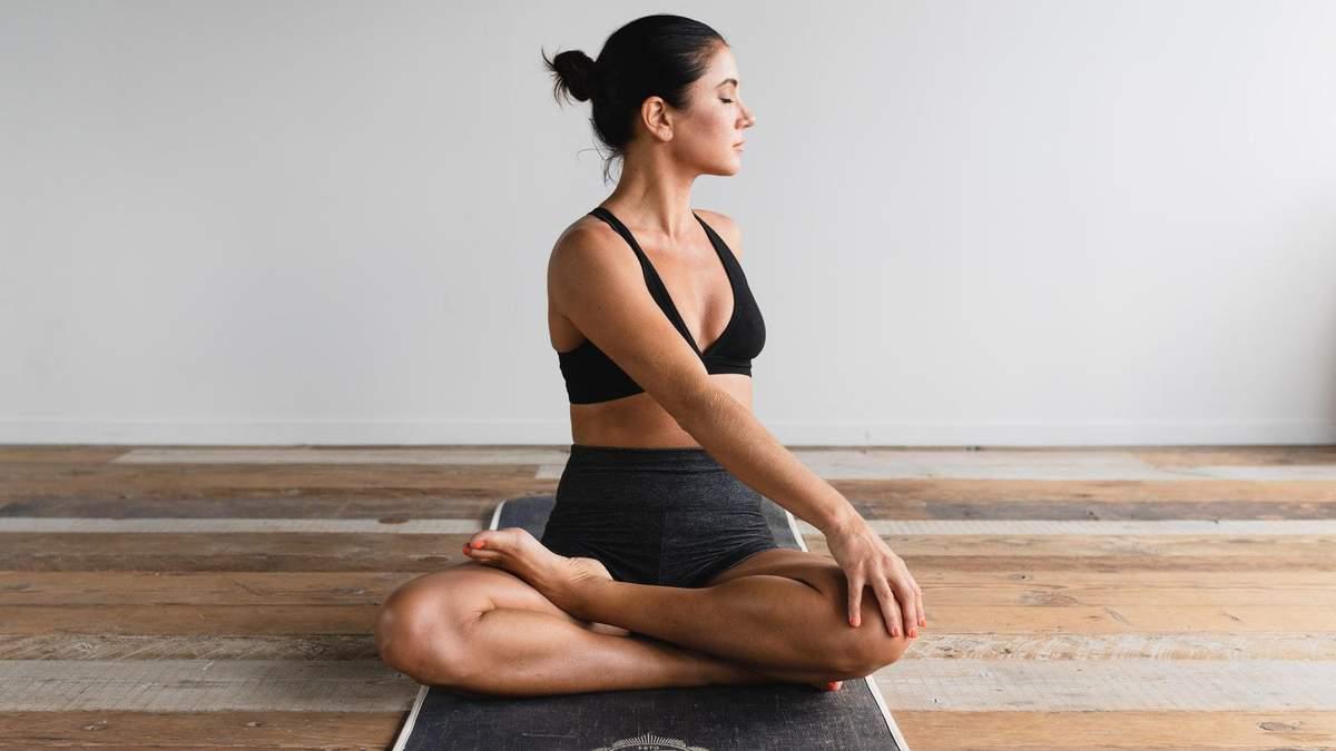 Заняття з йоги в домашніх умовах