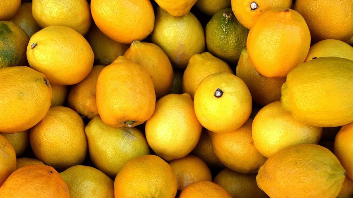 Від чорної смородини до помідорів: 20 продуктів з найбільшим вмістом вітаміну С