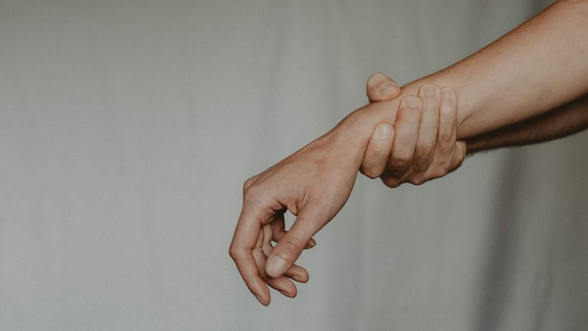 11 ознак, що у вас може трапитися зупинка серця