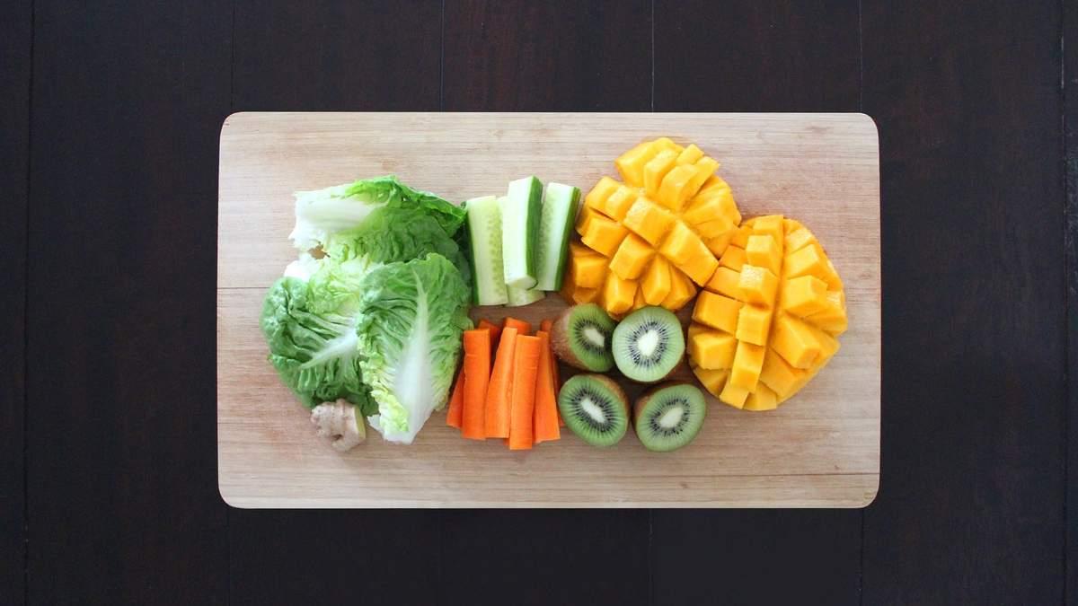Количество овощей и фруктов нужно съедать в течение дня