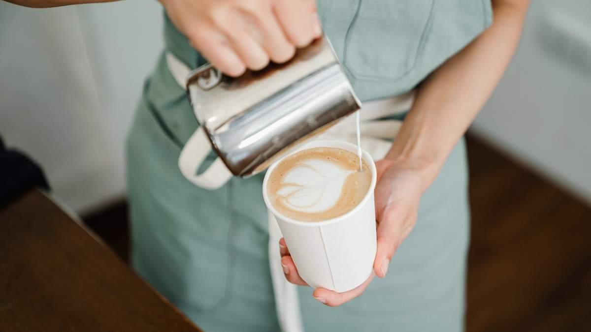 Вкусно, но вредно: 4 продукта, которые не стоит добавлять в кофе