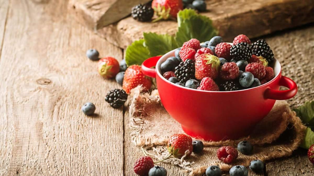 Летнее похудения: какие ягоды помогут избавиться от лишнего веса