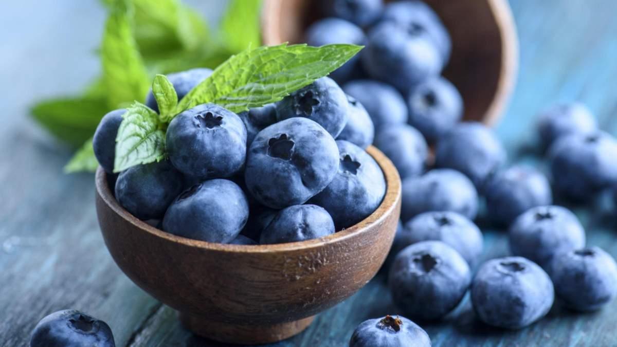 Яка ягода найкорисніша: дієтолог розповіла про користь чорниці