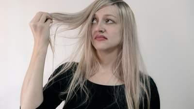 Ошибки бьюти-рутины: 5 привычек, из-за которых у вас выпадают волосы