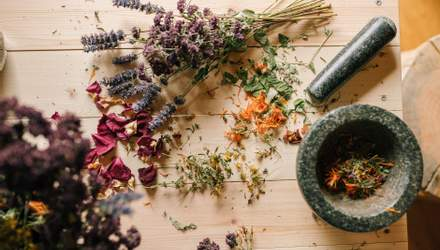 11 добавок и трав для восстановления гормонального баланса