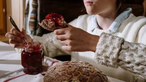 Чому похолодання збільшує нашу тягу до солодощів та що з цим робити