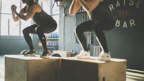 Інтенсив вихідного дня: 12 хвилин вправ, які допоможуть прокачати все тіло в домашніх умовах