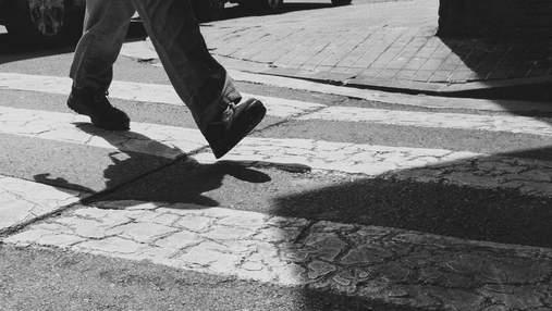 Чи дійсно потрібно проходити 10 тисяч кроків щодня: нові дослідження науковців