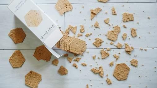 Підняти та подмухати: чи можна їсти продукти, які впали на підлогу
