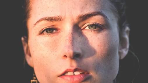 Косметологиня назвала основні помилки в догляді за шкірою обличчя влітку